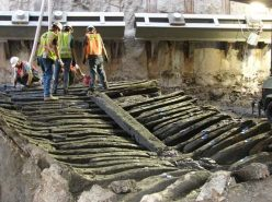 The timbers of the ship uncovered at the World Trade Center site, exposed to the air for possibly the first time in more than 200 years. Credit: MAC Lab.