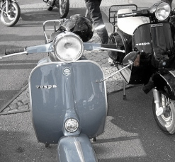 Vespa_Scooters_Edit